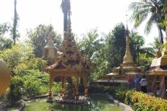 05-Buddhas-en-Stupas