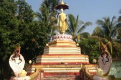 Buddha-standing-Kaung-Say-Kyong